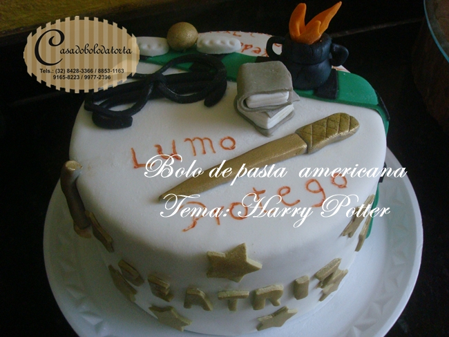 BOLO DE PASTA AMERICANA TEMA HARRY PORTER, PEDIDO PELA NOSSA CLIENTE CAROLINAGUEDES